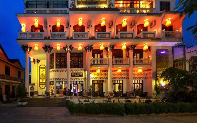 Отель Hoi An Lantern Хойан вид на фасад
