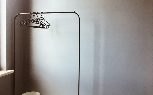 Отель Lucka Rooms - Sound of Silence B24.6 Польша, Варшава - отзывы, цены и фото номеров - забронировать отель Lucka Rooms - Sound of Silence B24.6 онлайн сейф в номере