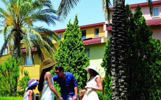 Отель Silence Beach Resort - All Inclusive вид на фасад