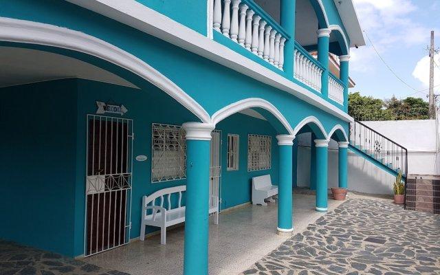 Отель Agua Dulce вид на фасад
