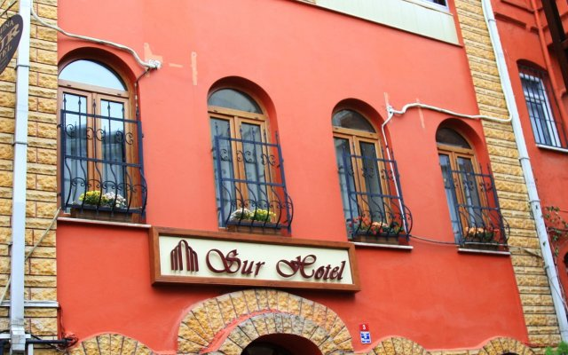 Sur Hotel Sultanahmet вид на фасад