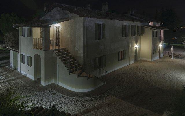 Отель Fontepino Сполето вид на фасад