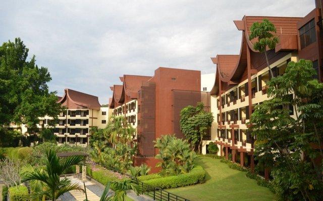 Отель Shangri-La's Rasa Sayang Resort and Spa, Penang Малайзия, Пенанг - отзывы, цены и фото номеров - забронировать отель Shangri-La's Rasa Sayang Resort and Spa, Penang онлайн вид на фасад