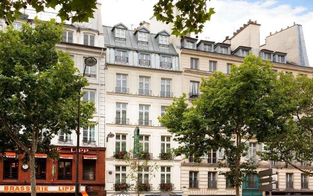 Отель Hôtel Au Manoir St-Germain des Prés вид на фасад
