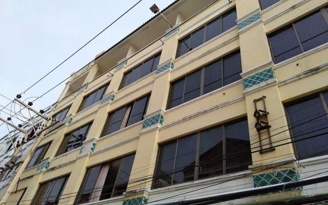 Отель Casanova Inn вид на фасад