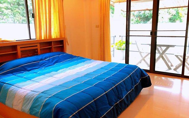 Отель Thai Family Rawai Pool Villa комната для гостей