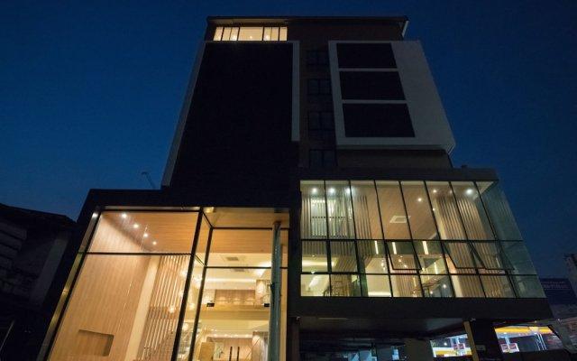 Отель NARRA Бангкок вид на фасад