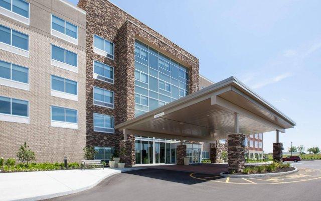 Отель Holiday Inn Express & Suites Indianapolis NE - Noblesville вид на фасад