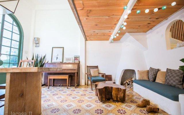 Отель Dalat Lacasa 2 Далат комната для гостей