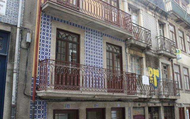 Отель Porto Est. 1830 Порту вид на фасад