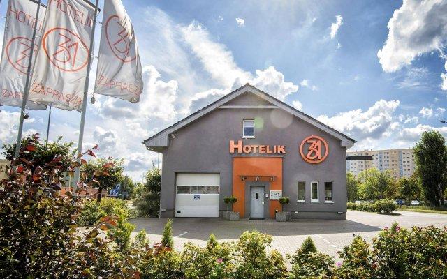 Отель Hotelik 31 Познань вид на фасад
