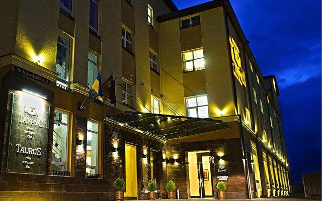 Taurus Hotel & SPA вид на фасад