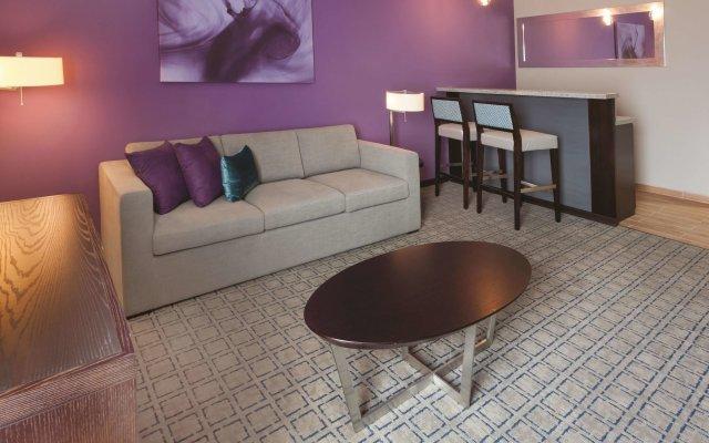Отель La Quinta Гондурас, Тегусигальпа - отзывы, цены и фото номеров - забронировать отель La Quinta онлайн комната для гостей