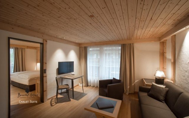 Bernerhof Swiss Quality Hotel Gstaad комната для гостей