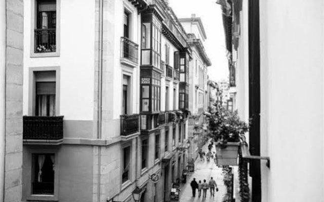 Отель Pension San Jeronimo вид на фасад