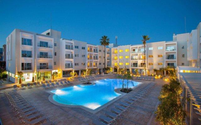 Отель Smartline Paphos вид на фасад