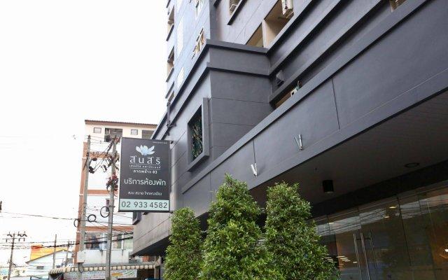 Отель Synsiri 3 Ladprao 83 Бангкок вид на фасад