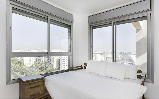 Отель Sea N' Rent - Ramat Aviv 3 Bed Тель-Авив комната для гостей