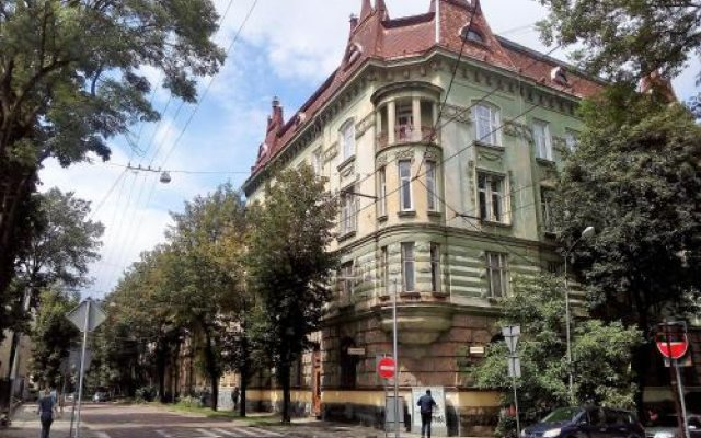 Гостиница The Georgehouse Хостел Украина, Львов - 2 отзыва об отеле, цены и фото номеров - забронировать гостиницу The Georgehouse Хостел онлайн вид на фасад
