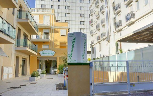 Отель Residence Suite Smeraldo вид на фасад