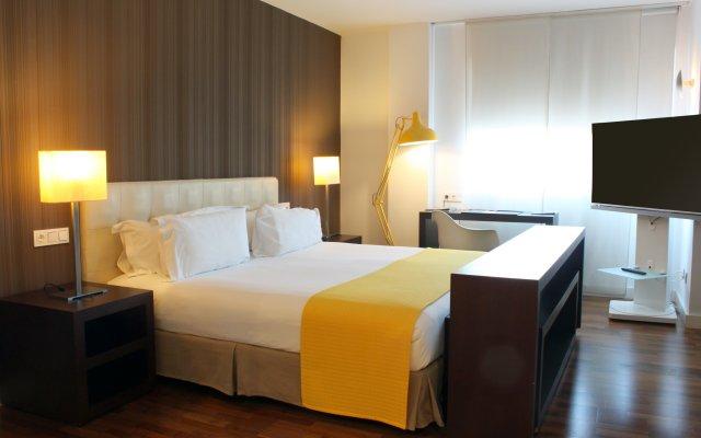 Отель Rafael Atocha Мадрид комната для гостей
