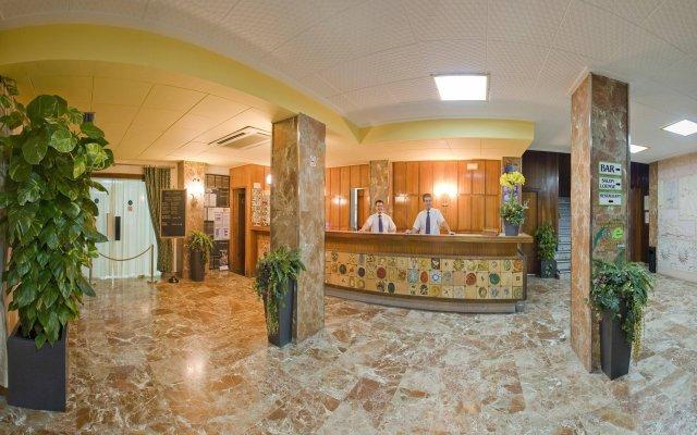 Отель Tropical интерьер отеля