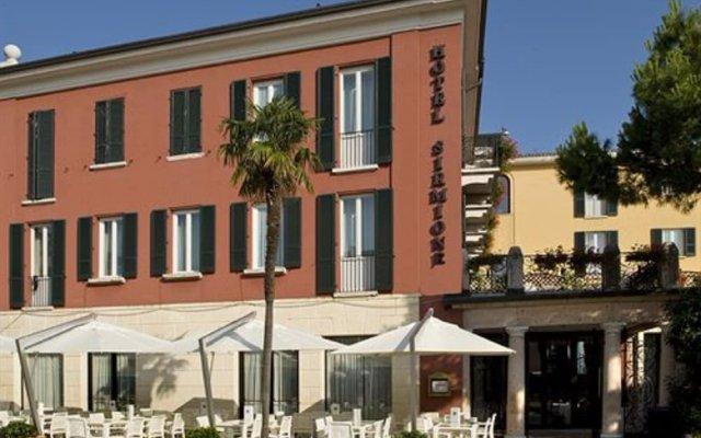 Hotel Sirmione вид на фасад