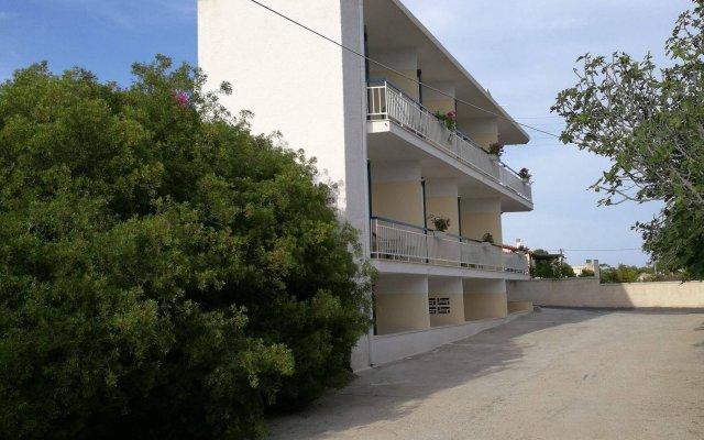 Отель Studios Marianna Греция, Эгина - отзывы, цены и фото номеров - забронировать отель Studios Marianna онлайн вид на фасад