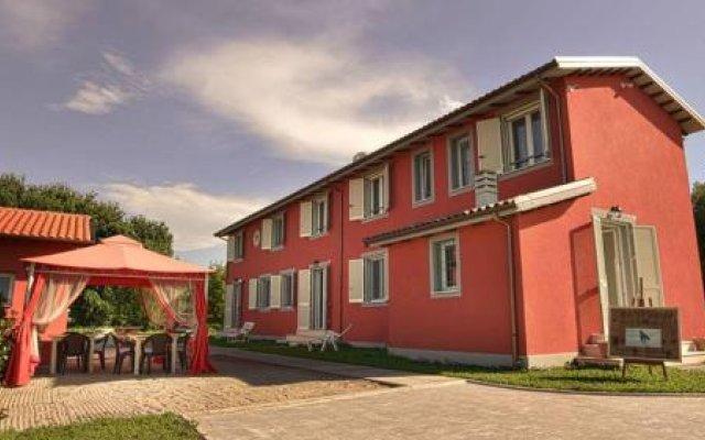 Отель La Calla Италия, Массароза - отзывы, цены и фото номеров - забронировать отель La Calla онлайн вид на фасад