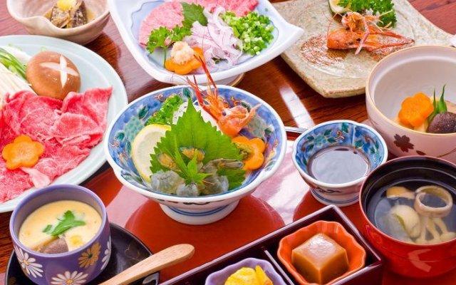 Отель Hozenji Onsen Ryokan Ebitei Минамиогуни питание