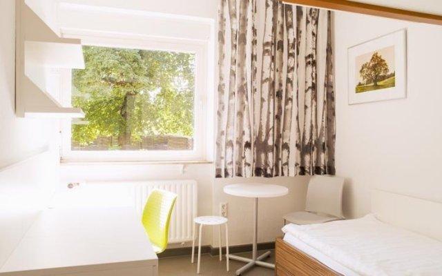 Отель Studentenhotel Hubertusallee комната для гостей
