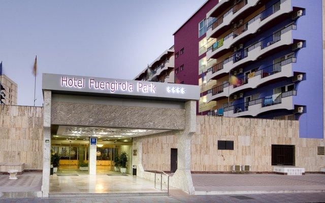 Отель Monarque Fuengirola Park Испания, Фуэнхирола - 2 отзыва об отеле, цены и фото номеров - забронировать отель Monarque Fuengirola Park онлайн вид на фасад