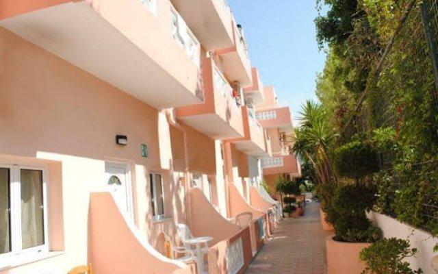 Primavera Beach Hotel Studios & Apartments вид на фасад