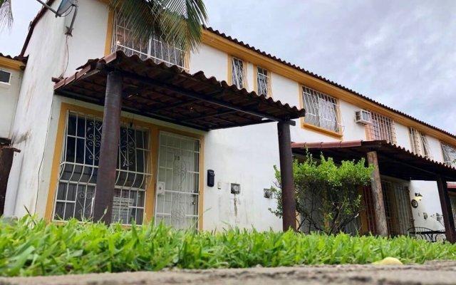 Отель Casa habitación en Acapulco Diamante вид на фасад