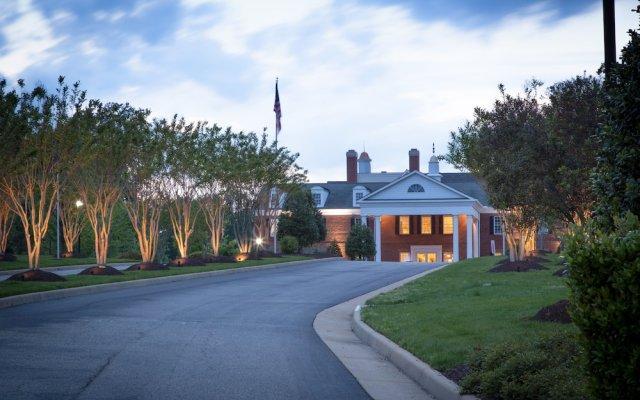 Отель Holiday Inn Club Vacations Williamsburg Resort вид на фасад
