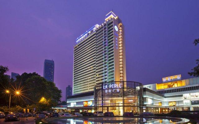 Baiyun Hotel Guangzhou вид на фасад