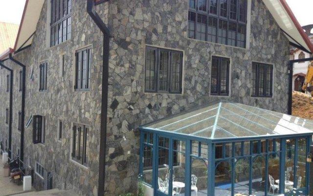 Daffodils Hotel вид на фасад