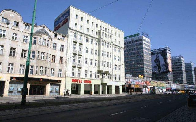 Отель LECH Познань вид на фасад