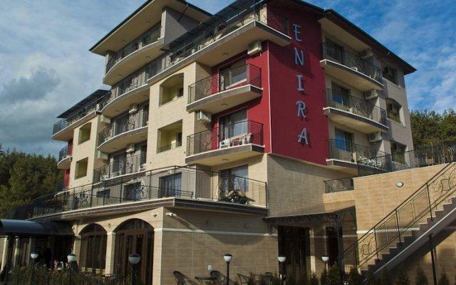 Enira Spa Hotel вид на фасад