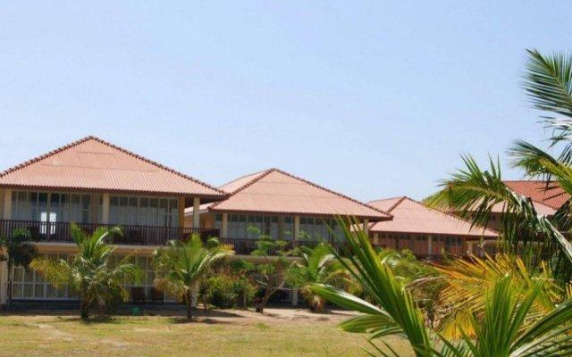 Отель Passi Villas Passikudah вид на фасад