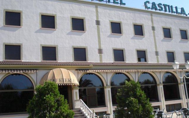Отель Hospedium Hotel Castilla Испания, Торрихос - отзывы, цены и фото номеров - забронировать отель Hospedium Hotel Castilla онлайн вид на фасад
