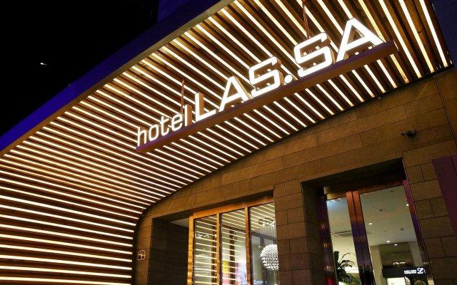 Hotel Lassa вид на фасад