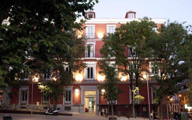 Отель Petit Palace Santa Bárbara Испания, Мадрид - 2 отзыва об отеле, цены и фото номеров - забронировать отель Petit Palace Santa Bárbara онлайн вид на фасад