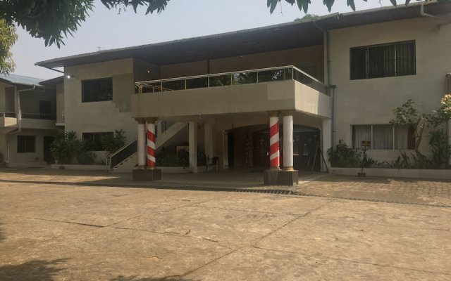 Embassy Suites Hotels & Restaurant in Monrovia, Liberia from 184$, photos, reviews - zenhotels.com hotel front