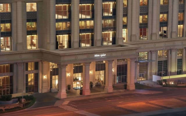 Отель Hilton Dubai Al Habtoor City вид на фасад