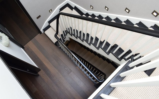 Отель Knightsbridge 3 Bedroom House With Balcony вид на фасад