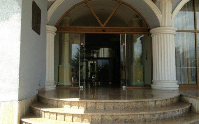 Eklips Hotel вид на фасад