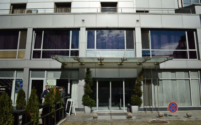 Отель Bon Bon Central София вид на фасад