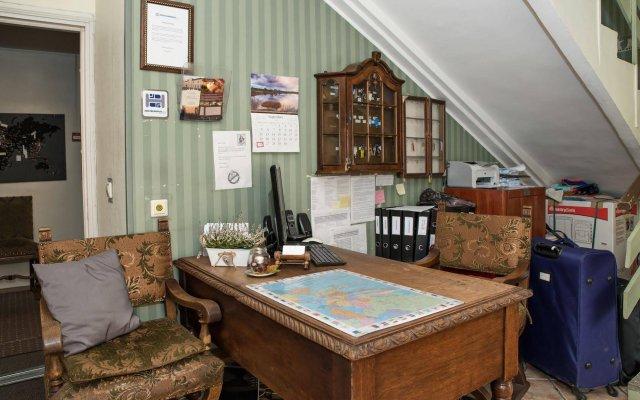 Отель OldHouse Hostel Эстония, Таллин - - забронировать отель OldHouse Hostel, цены и фото номеров развлечения