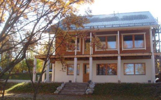 Гостиница U Mikhailicha вид на фасад